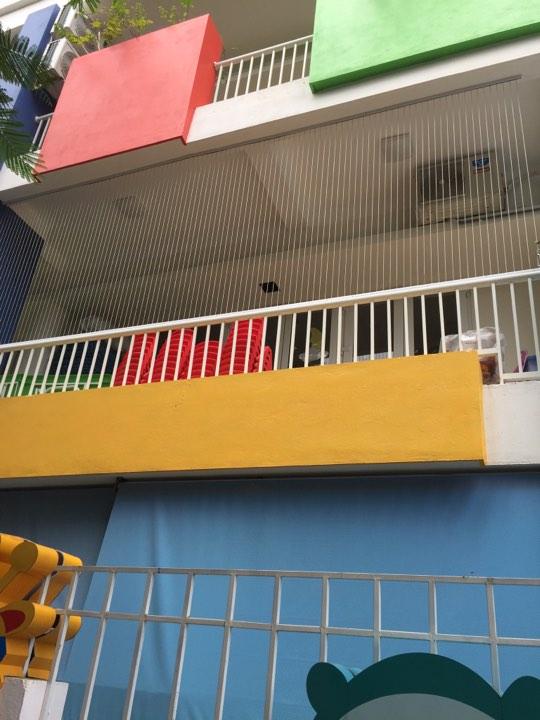 Thi công lưới an toàn ban công tại trường mầm non sơn ca số 80 hoàng đạo thành thanh xuân hà nội2.jpg